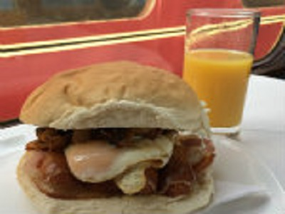 You will enjoy a welcoming glass of orange juice followed by a bacon, sausage, egg & mushroom bap, Danish pastry and tea/coffee.This is a Dining Train event onboard one of our heritage diesel trains.  Seats are in open carriages around tables of two or four peopleThis event is suitable for 7+